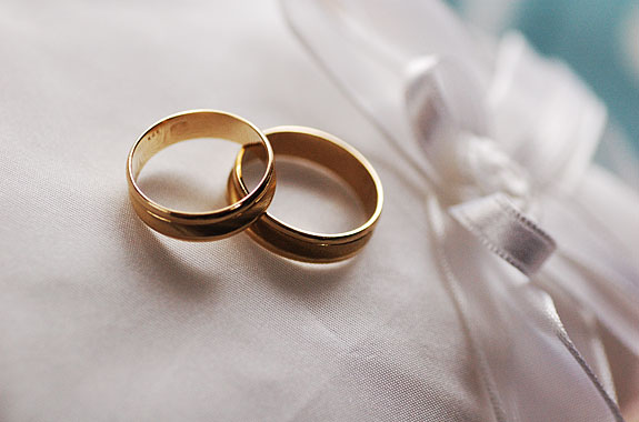 Inele detalii alb doua nunta
